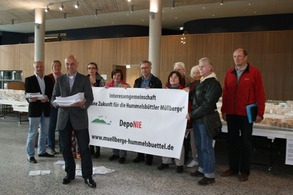BSU-Einwendungen-Uebergabe-Huebsch
